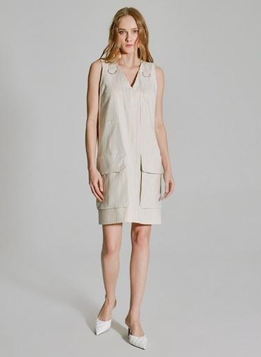 People By Fabrika Cep Detaylı Keten Elbise Bej